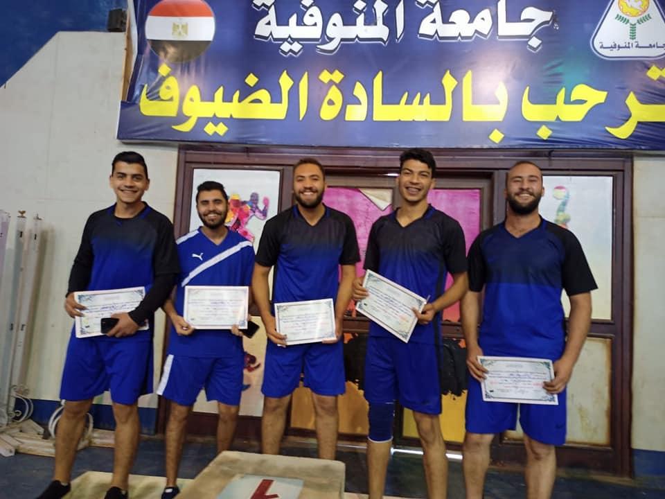 النوعية تحقق المركز الثالث في كرة الطائرة ضمن منافسات الدوري الرياضي 2020/2021 بالجامعة