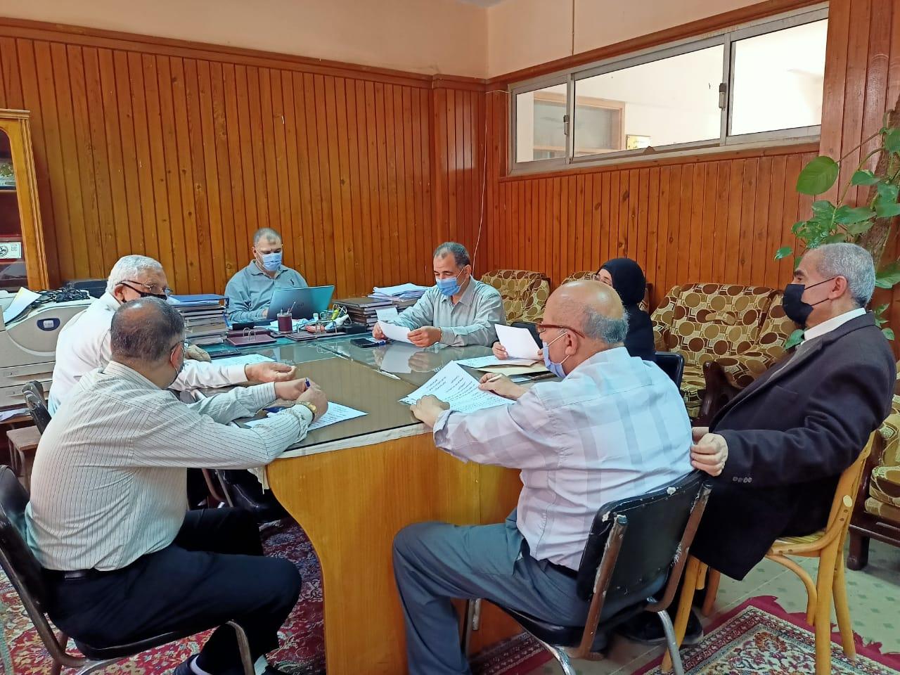 اجتماع لجنة شئون التعليم و الطلاب لشهرإبريل
