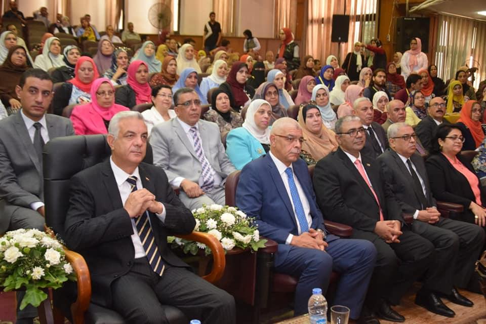 طب المنوفية تحتفل بتجديد الإعتماد بحضور قيادات الجامعة