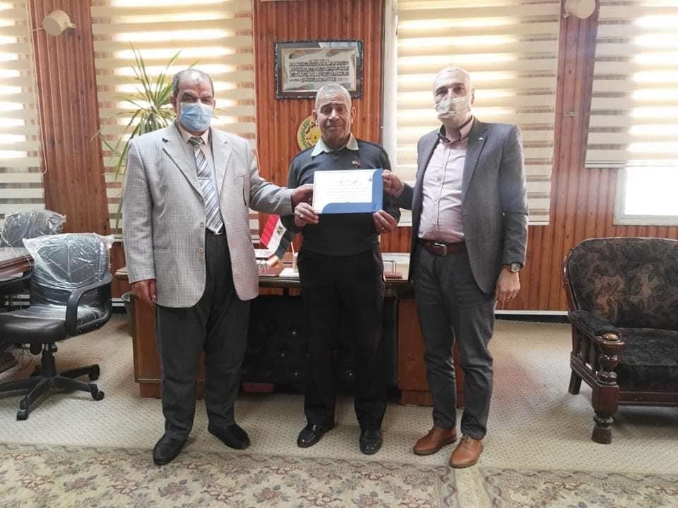 تكريم الاستاذ الدكتور اسامة مدنى عميد الكلية
