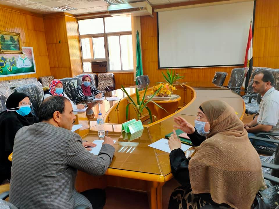 """للتجهيز والترتيب لمؤتمر الكلية العلمي العاشر الدولي الرابع تحت عنوان  ( التربيه وتنمية الابداع في المجتمعات العربية """" رؤية ومعايير """" )"""