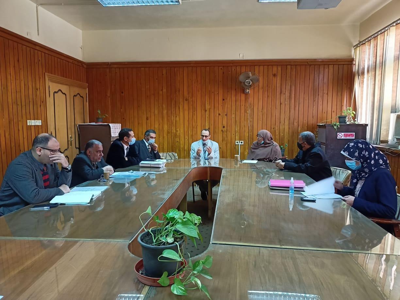 اجتماع اللجنة التنسيقية بكلية الهندسة الالكترونية بمنوف