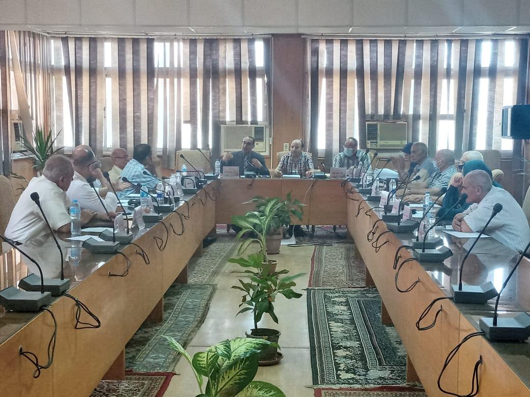 مجلس قسم هندسة الإلكترونيات والإتصالات الكهربية يعقد جلسته لشهر يوليو