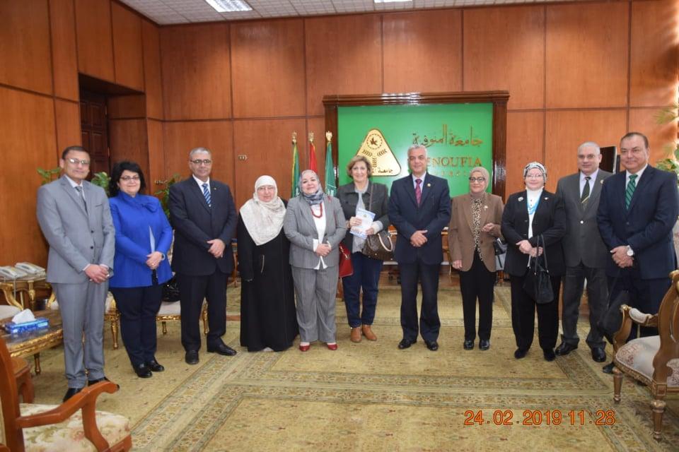 لقاءات فريق زيارة تجديد إعتماد الكلية من الهيئة القومية لضمان جودة التعليم