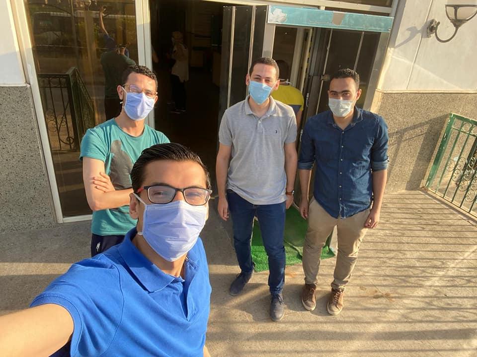 خروج الفريق الأول من أبطـال طـب المنوفيـة من مستشفي العزل بالباحور