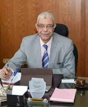 الدكتور أحمد القاصد نائب رئيس الجامعة للدراسات العليا والبحوث