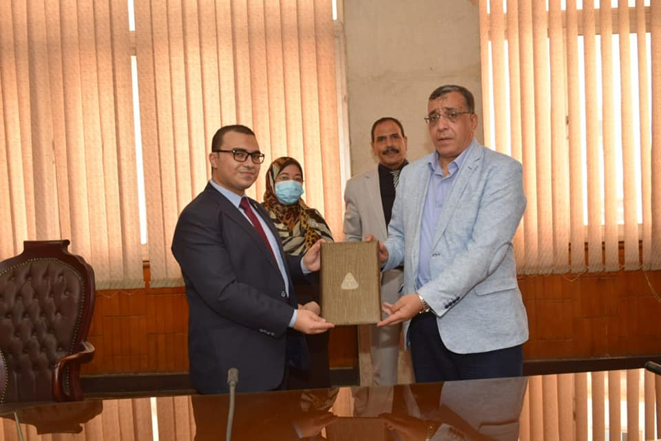 Al-Bagouri signs cooperation protocol between The University of Menoufia and the Arab Center for Lifelong Learning and Training