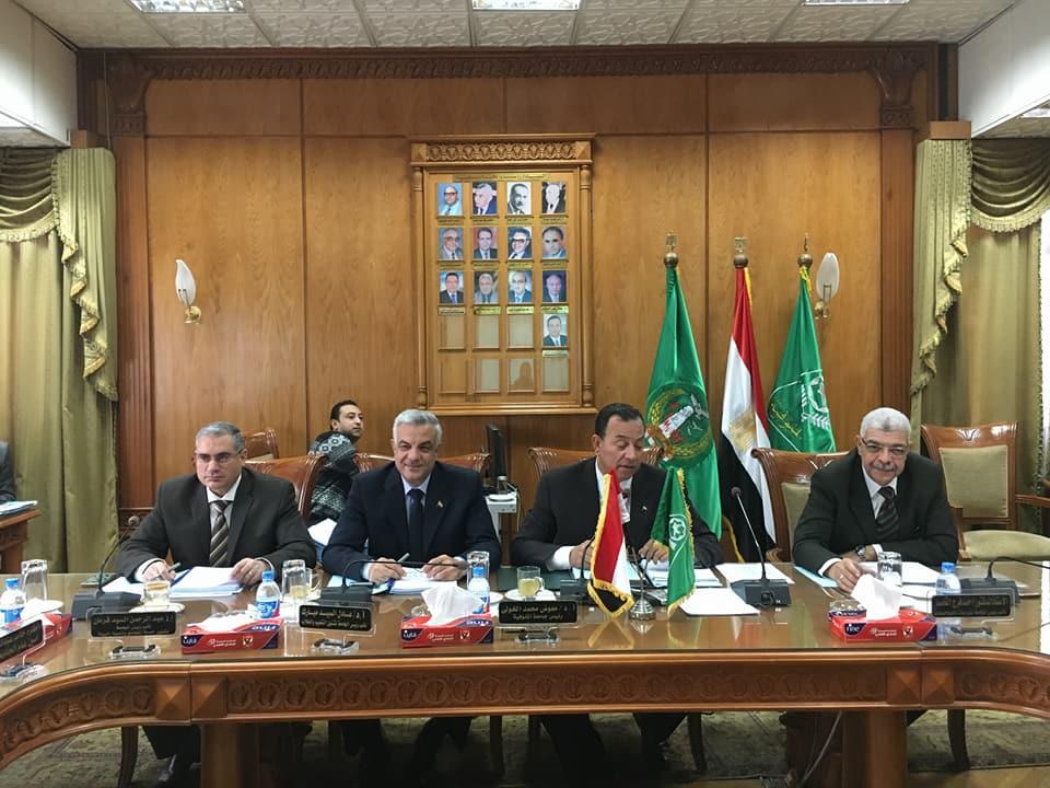 مجلس الجامعة يعتمد الخطة البحثية للجامعة