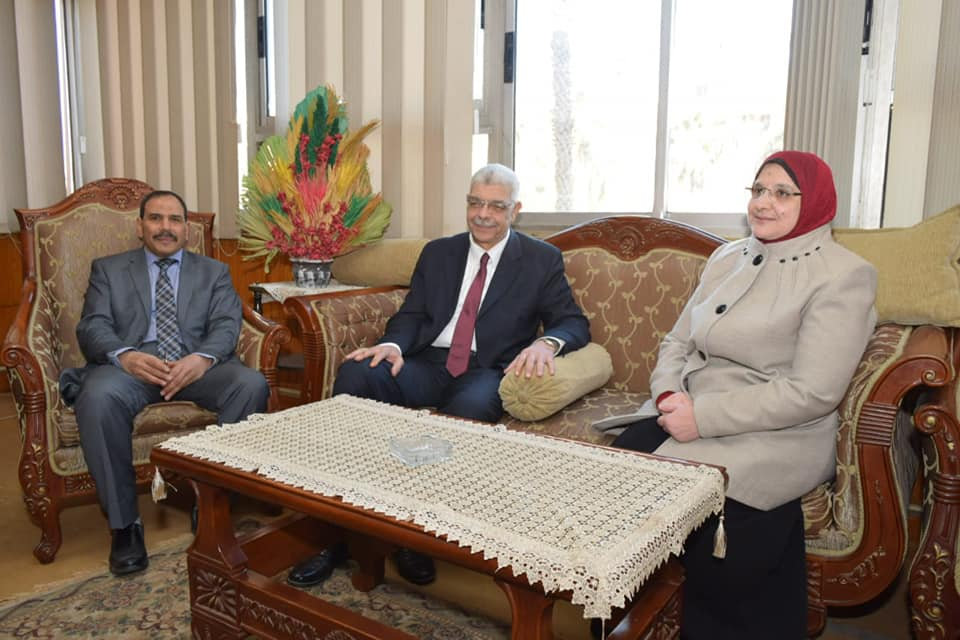 القاصد يرأس إجتماع منسقى تعليم الكبار بكليات جامعة المنوفية