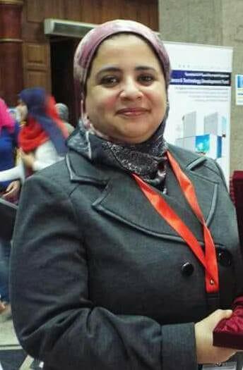الدكتورة سميرة عزت
