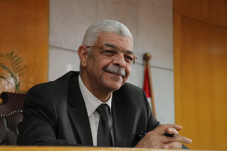 نائب رئيس جامعة المنوفية للدراسات العليا يعقد إجتماع مجلس الدراسات العليا