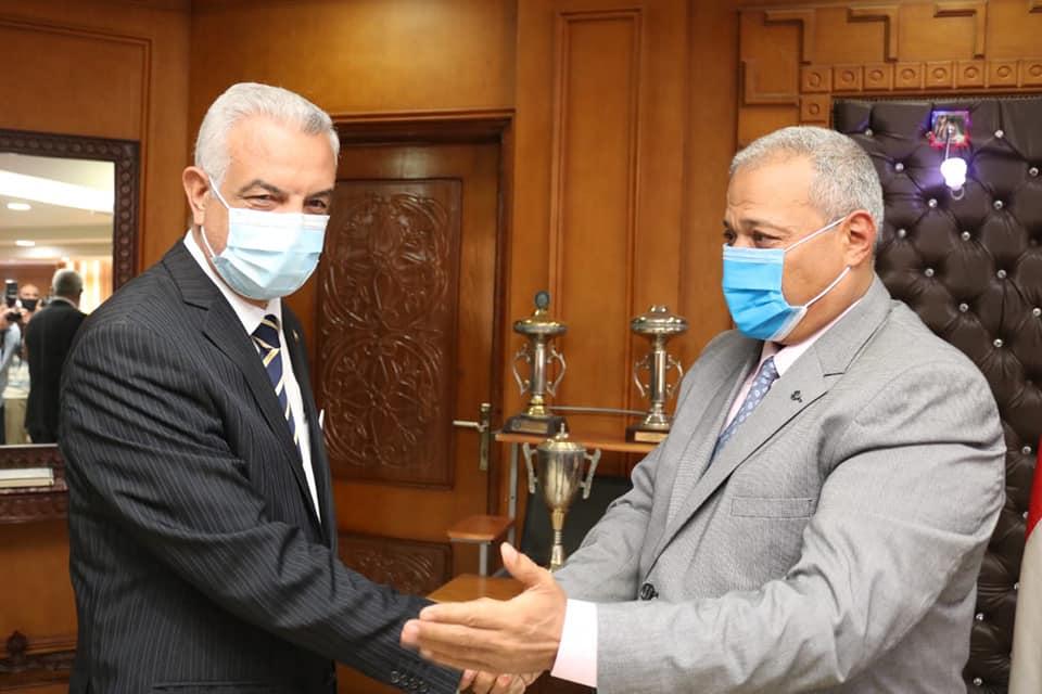 President of Menoufia University congratulates the  New Head of Security