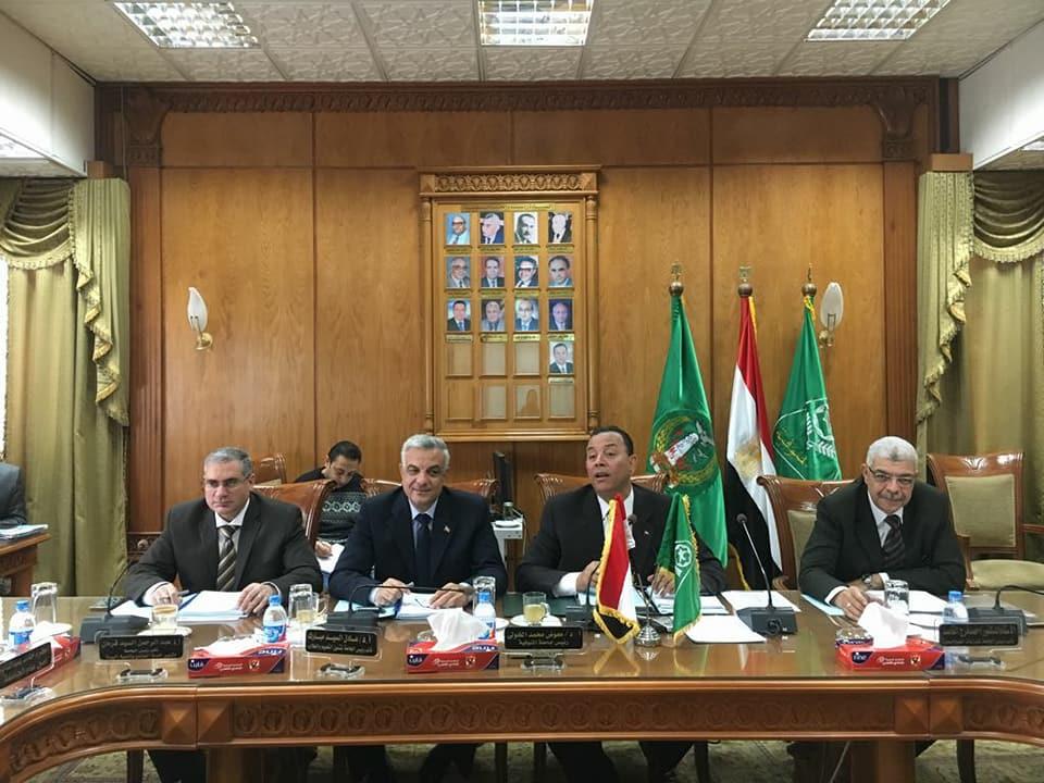 لجنة المنشآت الجامعية