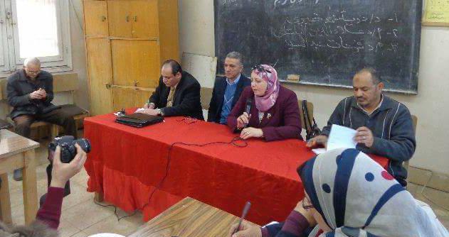 قوافل جامعة المنوفية تدعم المرأة ودورها الحيوي في الحياة السياسية